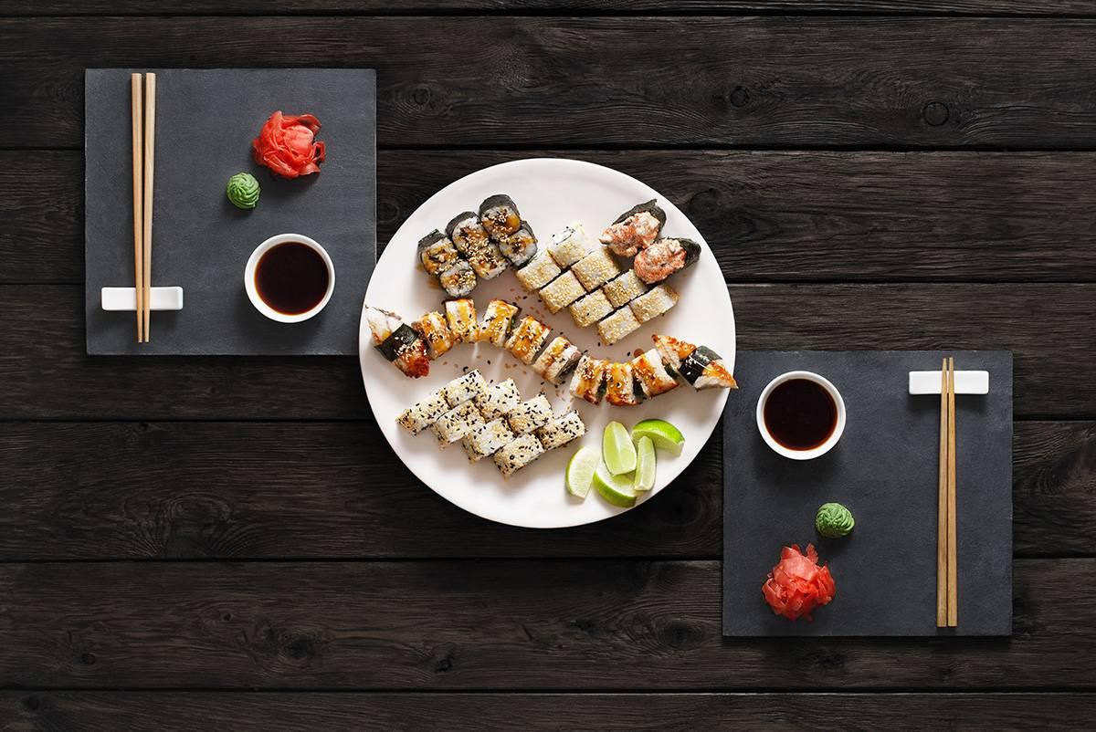 rastrovyj-klipart-nabor-foto-sety-sushi-maki-i-rolly